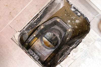 installing a backwater valve protects home